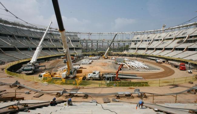 A Arena Fonte Nova, em Salvador, já tem mais de 70% das obras concluídas - Foto: Marco Aurélio Martins | Ag. A TARDE