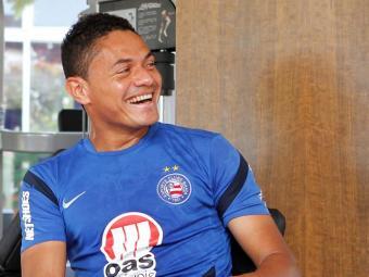 Helder anda sorridente no Fazendão: volante já marcou três gols nos últimos jogos - Foto: Eduardo Martins   Ag. A TARDE