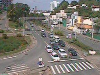 Fluxo seguem livre na Av. Lucaia - Foto: Divulgação | Translavador