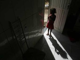 Existem mais três casos de crianças retiradas das famílias - Foto: Raul Spinassé | Ag. A TARDE