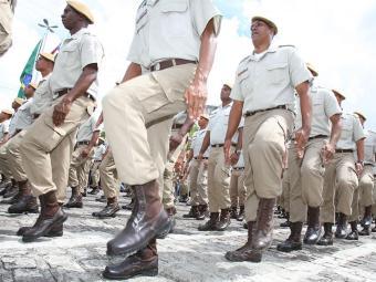 1.865 vagas são destinadas ao cargo de soldado da PM - Foto: Vaner Casaes | Ag. A TARDE