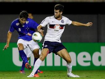 Zagueiro deve desfalcar Bahia contra a Portuguesa e contra o Cruzeiro - Foto: Eduardo Martins| Ag. A TARDE