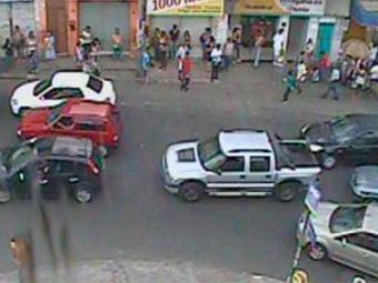 O largo do Tamarineiro também registra fluxo grande de veículos - Foto: Reprodução | Transalvador