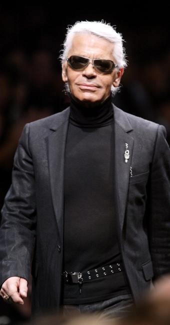 Karl Lagerfeld: em seus 30 anos de serviço a Chanel, situou a grife entre as mais prestigiadas do mu - Foto: Jean-Pierre Muller | AFP PHOTO