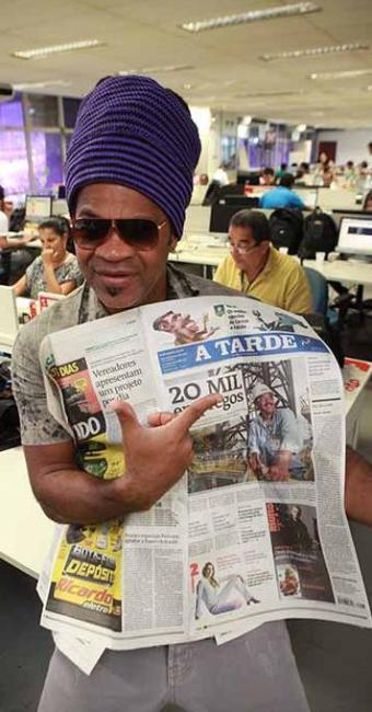 Carlinhos Brown foi um dos que parabenizou o jornal - Foto: Marco Aurélio Martins   Ag. A TARDE