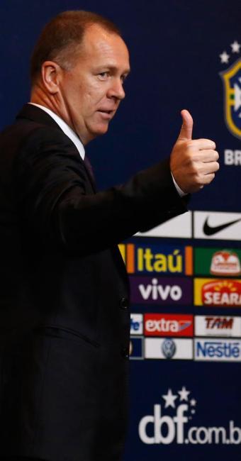 Mano aprovou exibição do Brasil diante dos japoneses - Foto: Sergio Moraes/Reuters