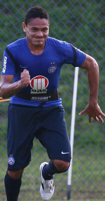 Destaque no segundo turno, Hélder aprimora forma física e pode voltar contra o Grêmio - Foto: Fernando Amorim | Agência A TARDE