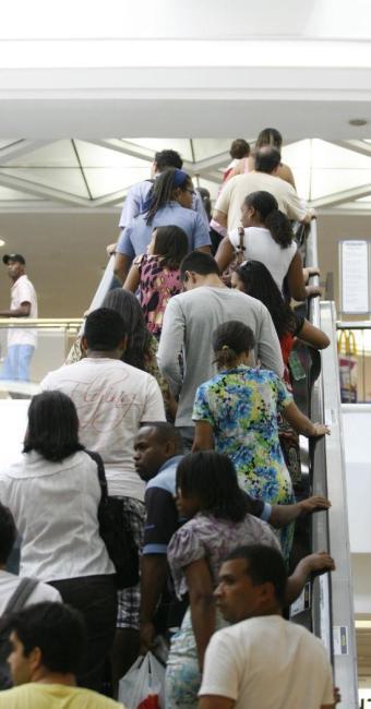 Alguns shoppings funcionam em horário diferenciado no dia das eleições - Foto: Luciano da Matta | Ag. A TARDE