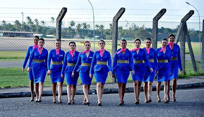 Moças Aéreas mostra, utilizando técnicas circenses, a vida das aeromoças - Foto: Maíra Amaral   Divulgação