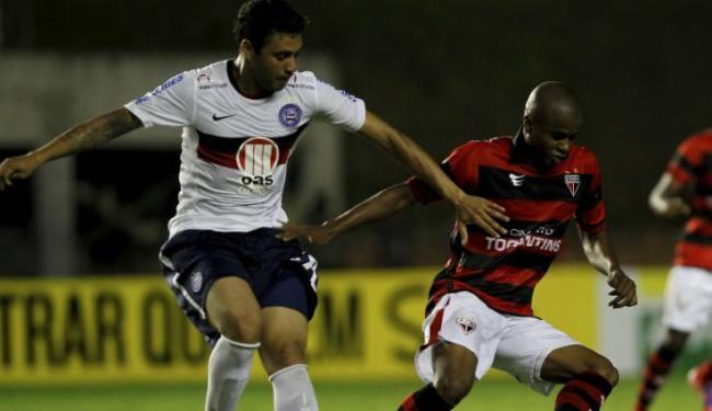 Meia só jogou como titular no Esquadrão no empate contra o Atlético-GO em Pituaçu - Foto: Eduardo Martins | Ag. A Tarde