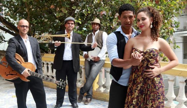 A banda Samba à Baiana, formada especialmente para o projeto, reúne artistas da nova geração - Foto: Léo de Azevedo   Divulgação