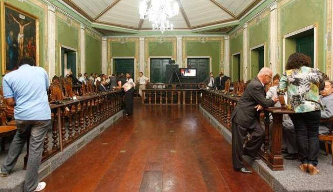 Diminuição do comparecimento é maior ainda na reta final da campanha - Foto: Mariana David   Ag. A TARDE 27/02/2012