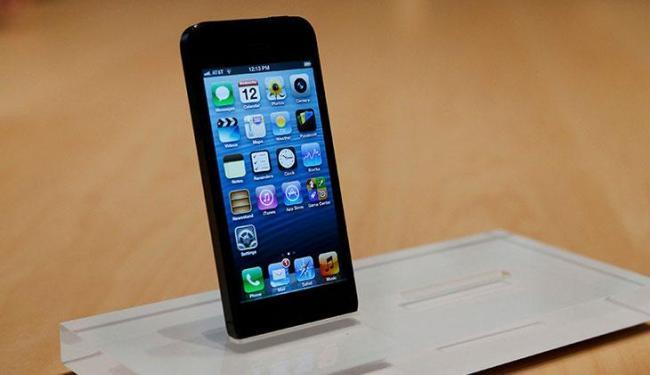 Para influente grupo de críticos, smartphone está entre os melhores - Foto: Beck Diefenbach | Reuters