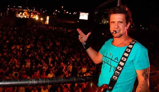 Tuca Fernandes emplacou as canções Dourada Cor e Rolar um Auê na novela Balacobaco, da Rede Record - Foto: Fred Pontes   Divulgação
