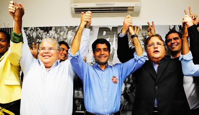 Anúncio do apoio a Neto foi feito em coletiva de imprensa na sede do partido - Foto: Eduardo Martins | Agência A Tarde
