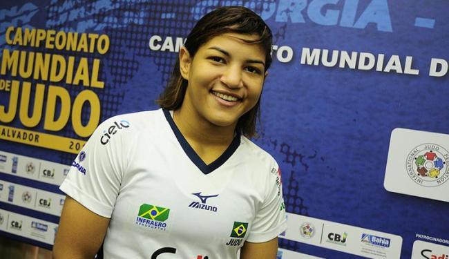 Campeã olímpica, Sarah Menezes representa o Brasil entre as mulheres - Foto: Marcelo Reis/Secom