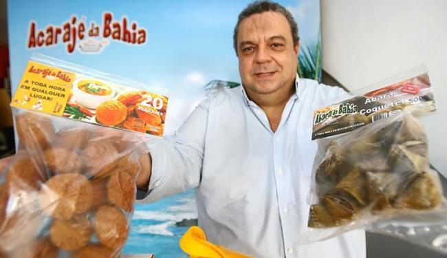 O empresário Ubiratan Sales planeja exportar acarajé congelado - Foto: Fernando Amorim | Ag. A TARDE
