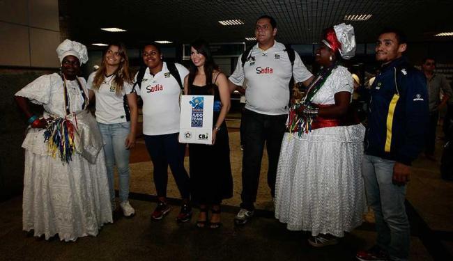 Delegação brasileira de judô é recebida com festa para o Mundial a ser disputado em Salvador - Foto: Mila Cordeiro   Agência A TARDE