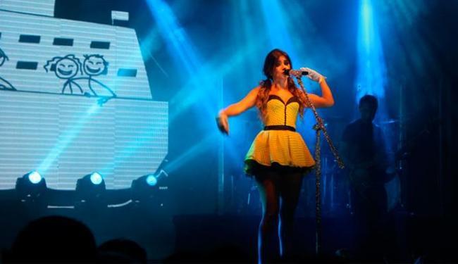 Paula Fernandes se recuperou da indisposição estomacal e se apresentou no Summer Time - Foto: Luga Neto | Divulgação