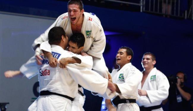 Torcida empurrou o Brasil para conquistar a medalha de bronze - Foto: Lúcio Távora | Ag. A TARDE