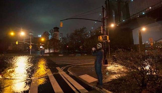 Trezentas e setenta e cinco mil pessoas receberam ordem de evacuação - Foto: Keith Bedford | Agência Reuters