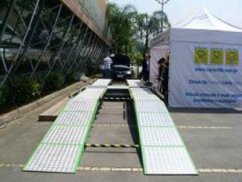 O atendimento é feito das 10 às 15h, no Auto Shopping Cidade - Foto: Divulgação/Carro 100