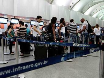 Infraero prevê movimento intenso nos aeroportos neste feriado - Foto: Mila Cordeiro   Ag. A TARDE