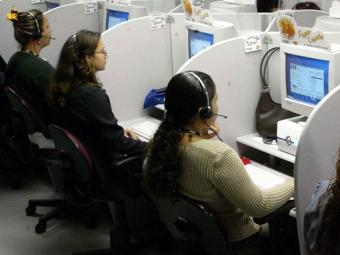 Para concorrer a uma das vagas de operador de telemarketing não é necessário ter experiência - Foto: Sergio Borges   Divulgação