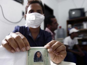 Conforme o Clériston Andrade, paciente foi transferida para um leito isolado da UTI - Foto: Luiz Tito   Ag. A TARDE