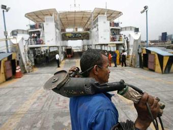 Custo com a reforma de quatro ferries deve ficar em torno de R$ 10 milhões - Foto: Raul Spinassé | Ag. A TARDE