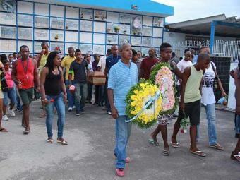 Cristiane Santos Carvalho, 41, foi atingida por uma bala perdida - Foto: Joá Souza   Ag. A TARDE