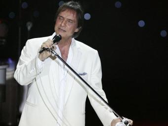 Roberto Carlos durante show no TCA - Foto: Mila Cordeiro   Ag. A TARDE