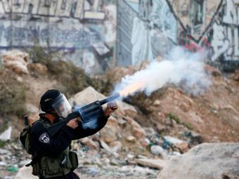 Os conflitos na Faixa de Gaza, iniciado há 15 dias, têm 100 mortos - Foto: Agência Reuters