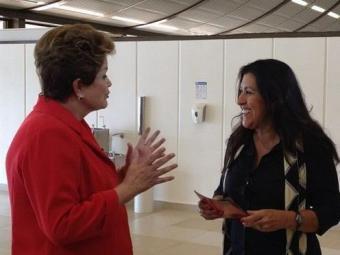 Dilma será a grande atração da estreia do programa de Regina Casé - Foto: Divulgação   TV Globo