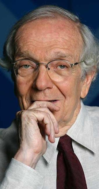 Escritor e jornalista Alberto Dines dá novo estímulo à memória do escritor austríaco - Foto: Jaqueline Machado / Divulgação
