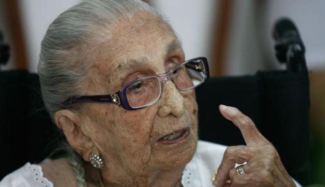 Matriarca da família Veloso está internada no Hospital São Rafael, em Salvador - Foto: Luiz Tito | Ag. A TARDE