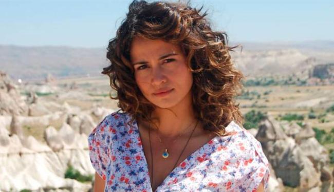 Nanda Costa é criticada pela imprensa pelo papel de Morena, em Salve