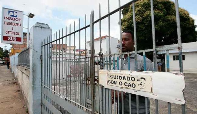 Suspensão de atendimento pelo SUS, por falta de repasses, preocupa promotor - Foto: Mila Cordeiro | Ag. A TARDE
