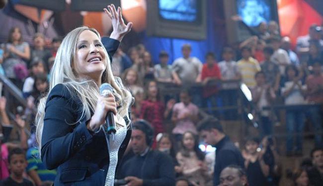 Claudia Leitte vai entrar na onda dos ensaios de verão - Foto: Rede Globo | Zé Paulo Cardeal