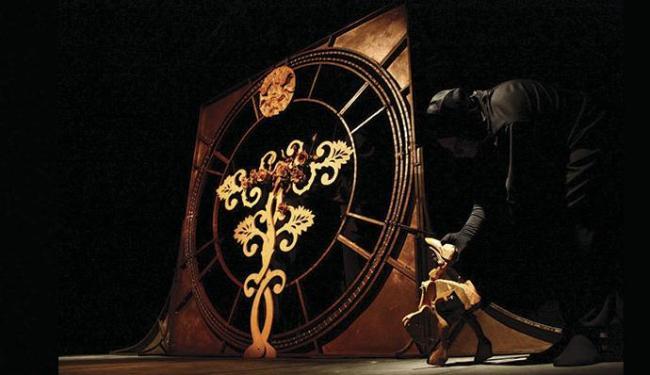 A companhia baiana A Roda vai apresentar o espetáculo O Combate - Foto: Divulgação