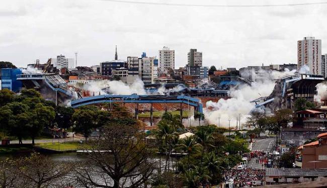 A velha Fonte Nova foi demolida em agosto de 2010 - Foto: Walter de Carvalho | Agência A TARDE