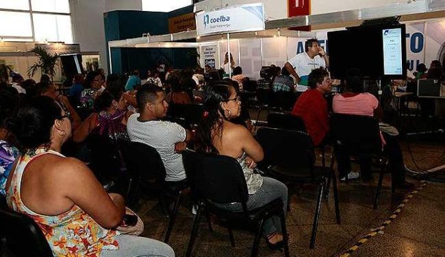 Para incentivar quem usará o 13º para quitar pendências,Feirão do Nome Limpo vai até domingo - Foto: Mila Cordeiro I Agência A TARDE