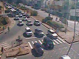Trânsito segue com intensidade na Avenida Lucaia - Foto: Reprodução | Transalvador