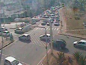 Trânsito segue intenso também na região do Lucaia - Foto: Reprodução | Transalvador