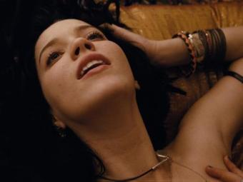 Nathalia Dill em cena do filme Paraísos Artificiais - Foto: Divulgação