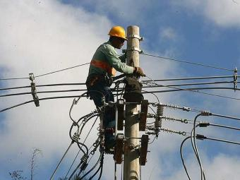 A ideia é reduzir o custo da energia para estimular a atividade econômica - Foto: Iracema Chequer | Agência A TARDE