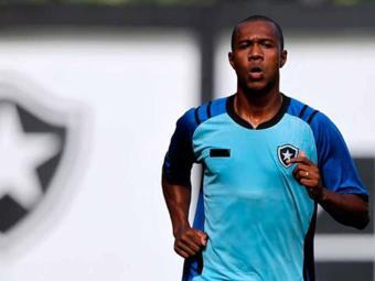 Brinner, de 25 anos, pode ser anunciado em breve como o novo reforço do Bahia - Foto: Botafogo de Futebol e Regatas | Divulgação