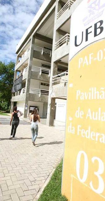 Remuneração para o cargo pode alcançar R$ 12.225 - Foto: Arestides Baptista | Ag A TARDE. Data: 06/06/2012