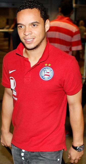 Após o término do contrato com o Cortinthians, jogador agora pode negociar com qualquer clube - Foto: Eduardo Martins | Ag. A Tarde
