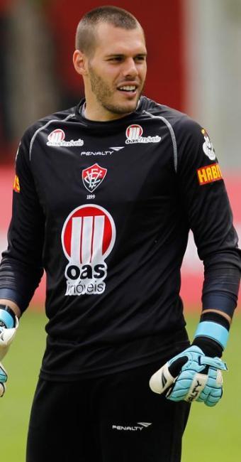 Deola se firmou como titular durante a disputa da Série B e permanece em 2013 no Vitória - Foto: LUCIO TAVORA| AG. A TARDE